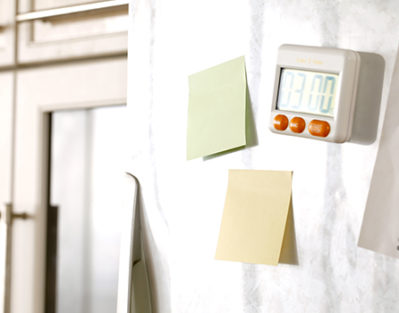 Ways Alzheimer's Caregivers Benefit from Using Post-it Notes in Jefferson, CO