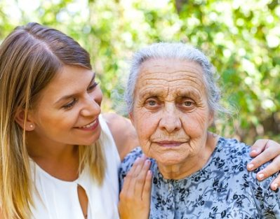 How to Treat a Senior with Alzheimer's in Jefferson County, CO